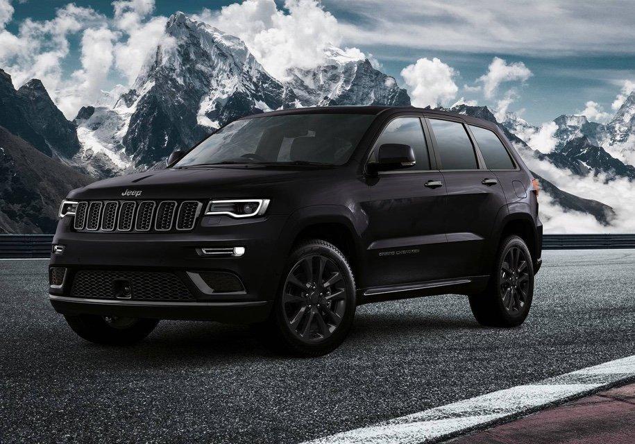 Jeep подготовил очень черный «спортивный» Jeep Grand Cherokee 1