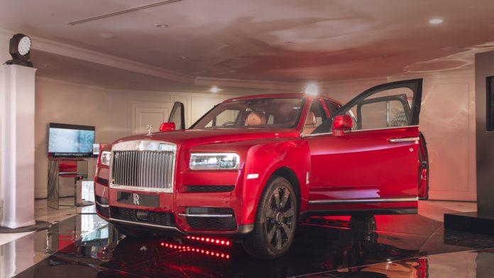 Rolls-Royce Cullinan: первый контакт