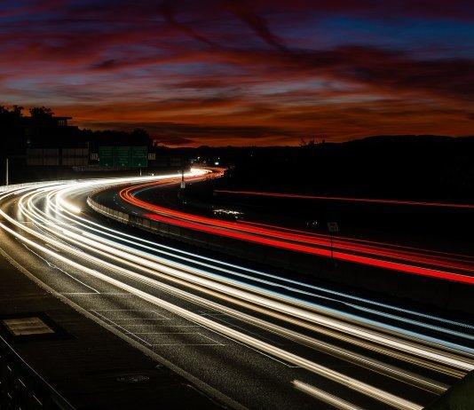 Германии предложили отказаться от безлимитных автобанов