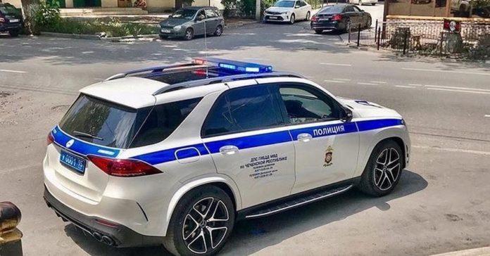 Видео: у чеченской полиции появился новый Mercedes-AMG GLE 53