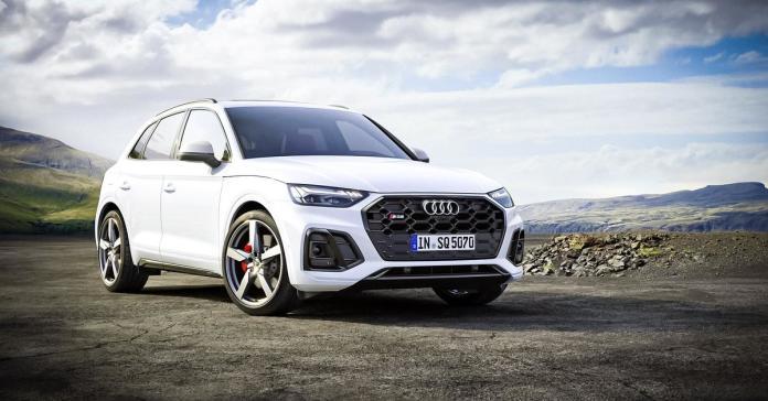 «Заряженный» Audi SQ5 обновил дизайн и потерял в мощности