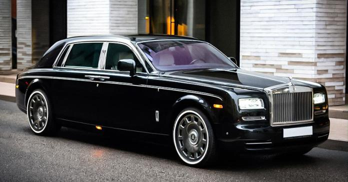 Необычную версию Rolls-Royce Phantom продают в Москве за 19 миллионов рублей