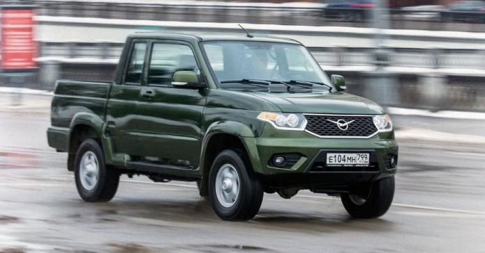 УАЗ показал новую модель – «Пикап» с полуторной кабиной
