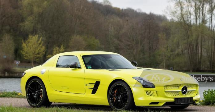 Редчайший электрический Mercedes-Benz SLS пустят с молотка за миллион евро