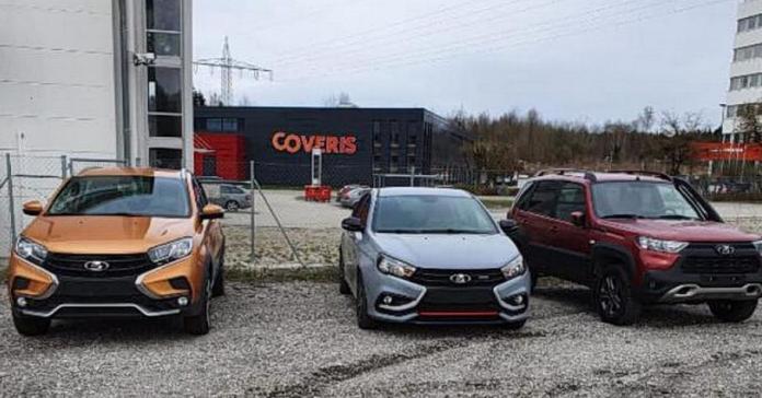 В Германию начали поставлять Lada Vesta Sport и Lada XRay Cross