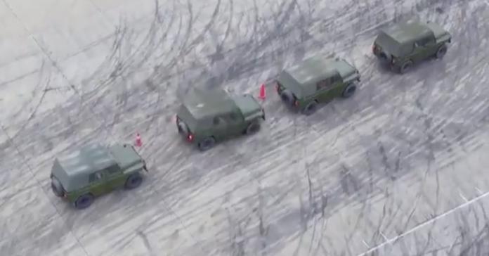 Посмотрите, как тренируются китайские военные водители