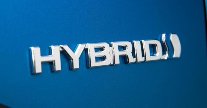 Toyota продлит гарантию на гибридные батареи до 240 тысяч километров